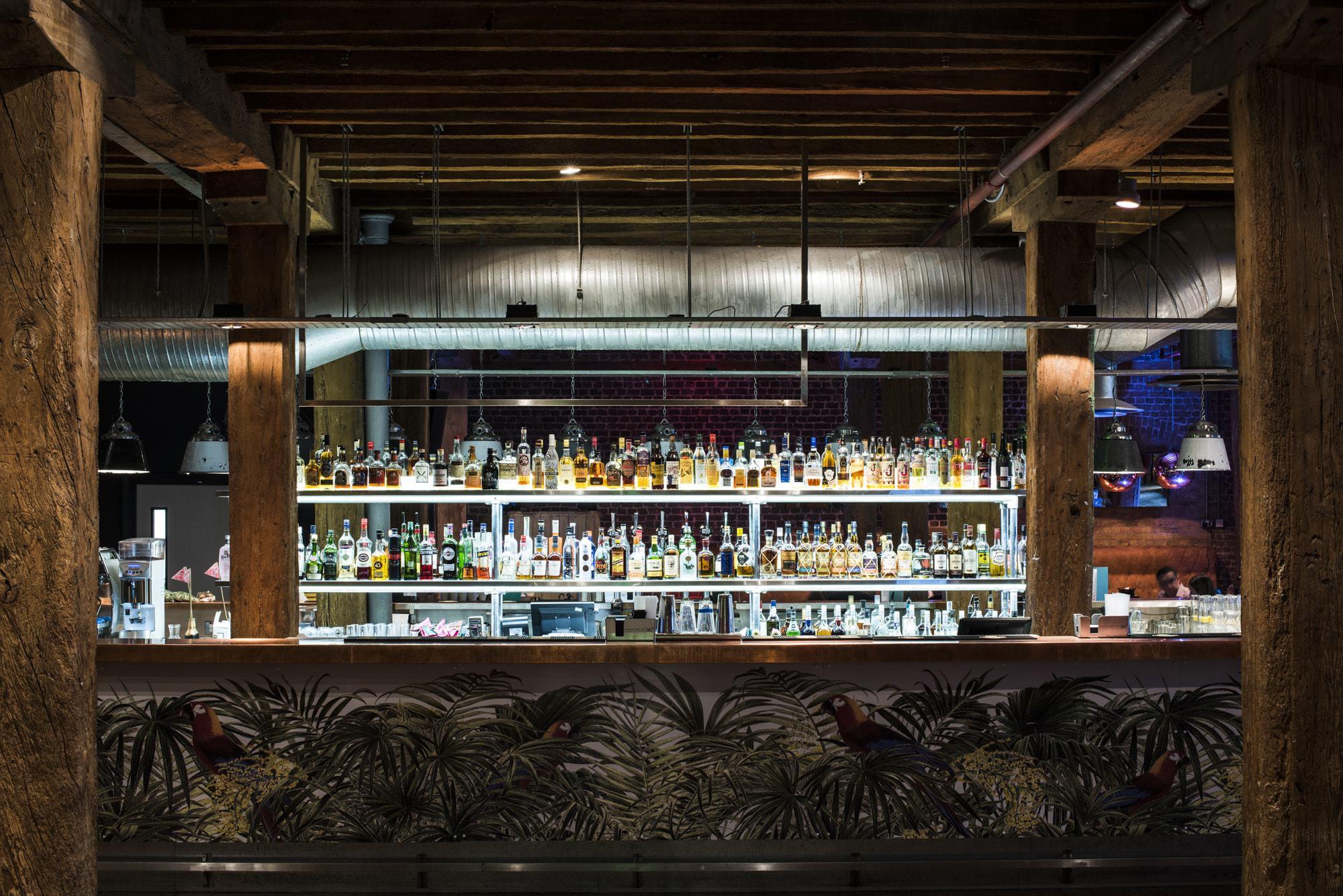rum u0026 sugar cocktail bar u0026 bar west india quay canary wharf